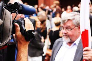 Public Relation Crisis Management In Leaders